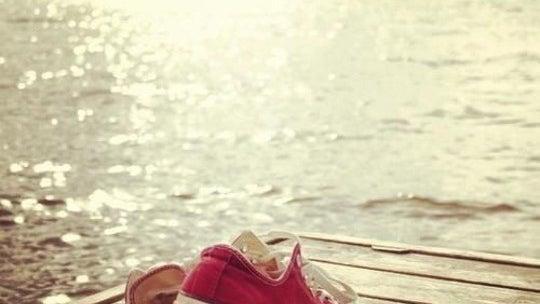 Summer Red Converse