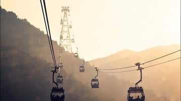 Cable Car, Vehicle, Transportation, Construction Crane, Helicopter, Aircraft