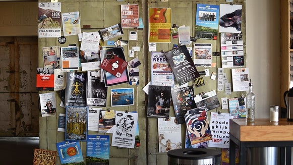 advertising with flyers